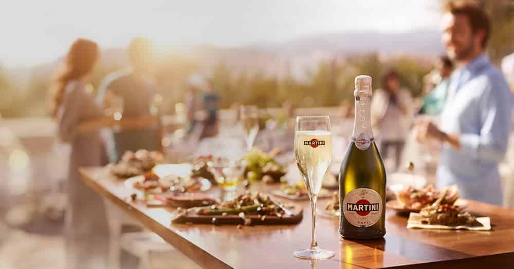 5 причин купить шампанское Асти на выходные